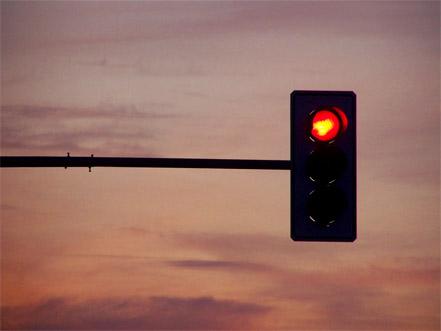sinal-vermelho-multa